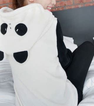 jaket wanita korea kupluk panda lucu model terbaru