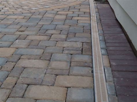 Paver Patio Drainage Cn R Lawn N Landscape Photo