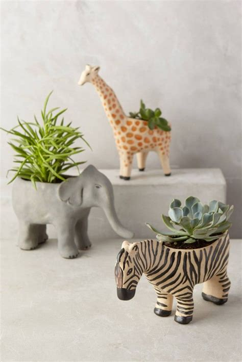 giraffe planter these would be adorable gifts wild animal planters