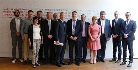commercio bz rappresentanti della minoranza slovena in italia ospiti a