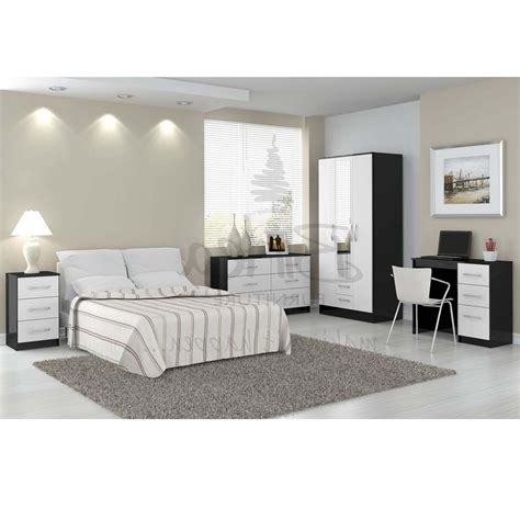 black and white bedroom set blackbedroomset bedroom bedroom sets