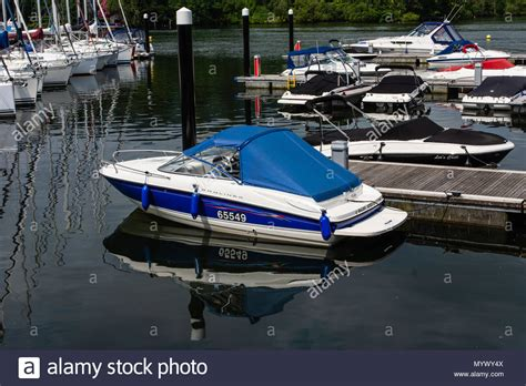 speed boat windermere bowness bay stock photos bowness bay stock images alamy