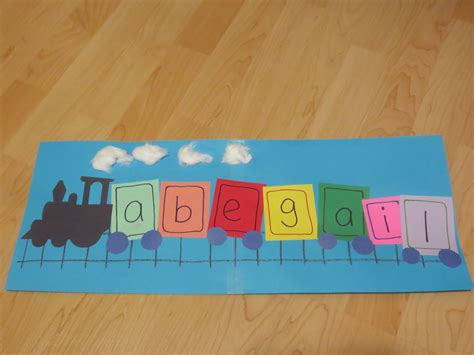 Railroad Point Right Paper Craft project i am trains theme toddler storytime