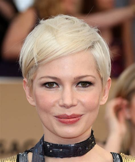 Michelle Williams Hairstyles in 2018