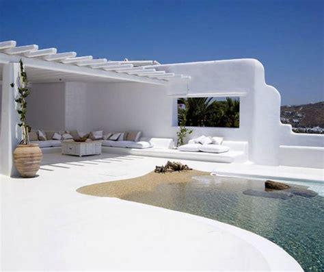 uscire di casa piscine da sogno rilassarsi come in spiaggia ma senza