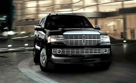 lincoln navigator 2010 car and driver