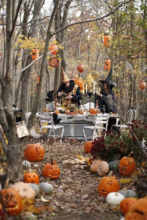 30 inspiring diy halloween decorations 23 halloween diy outdoor decoration ideas feed inspiration