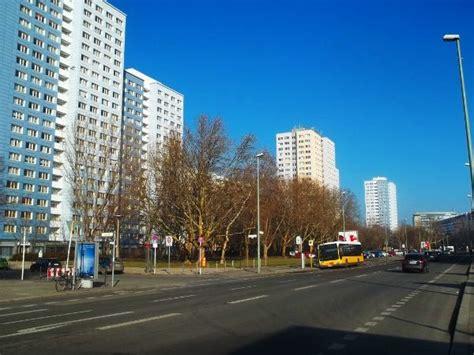 Appartamenti Economici Berlino by Berlino Est E L Architettura Socialista 1 Berlin