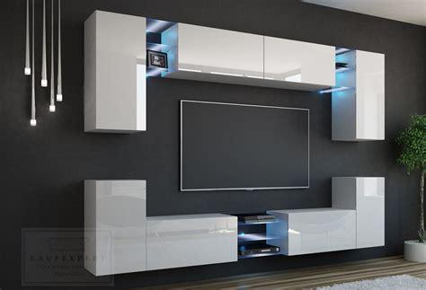 moderner wohnzimmerschrank mit glastüren und led beleuchtung kaufexpert wohnwand galaxy wei 223 hochglanz mediawand