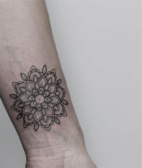 mandala tattoo y significado mandala tattoo dise 241 os originales y llenos de significado