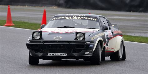 how to restore triumph tr7 8 enthusiast s restoration manual books triumph tr7 v8 braves the chill on the south downs stages