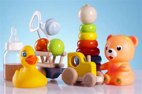 Mainan Untuk Anak Anak The A K A The Mafia kiat memilih mainan untuk bayi sesuai tahapan usia solusisehatku