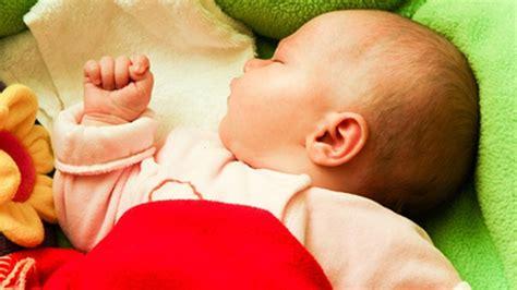 how should baby sleep in parents room babies should sleep in parents room during year