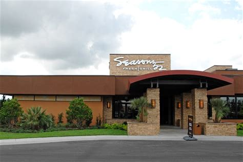 Olive Garden Metro Center by Seasons 52 Completes Darden S Menu In Jacksonville Fl
