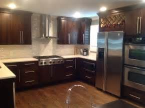 matching kitchen cabinets with oak hardwood flooring