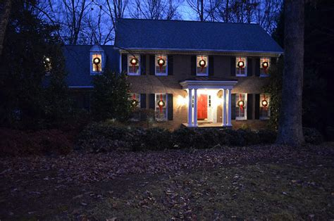 how to hang lights outside windows how to hang wreaths on outside exterior windows autos post