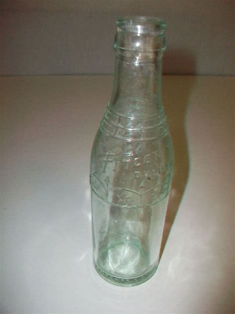 1 ounce bottles vintage fitger duluth tinted glass bottle 6 fluid ounce 7