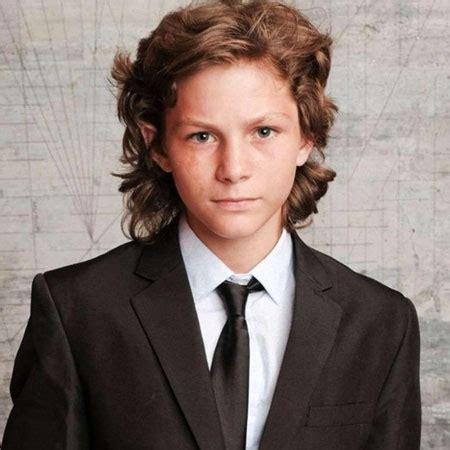 how old is actor young sheldon montana jordan bio net worth career movies hobbies
