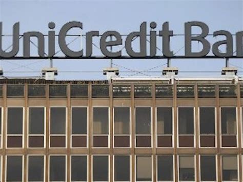 unicredit via unicredit ok all aumento di capitale da 13 miliardi l