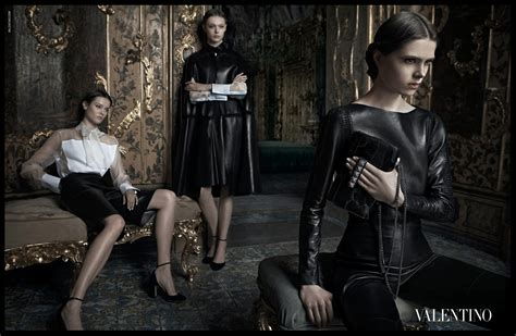 Valentino Ad Caign For Fall Winter 0809 by Valentino On A Rise Of Its Price Fash Fanatic