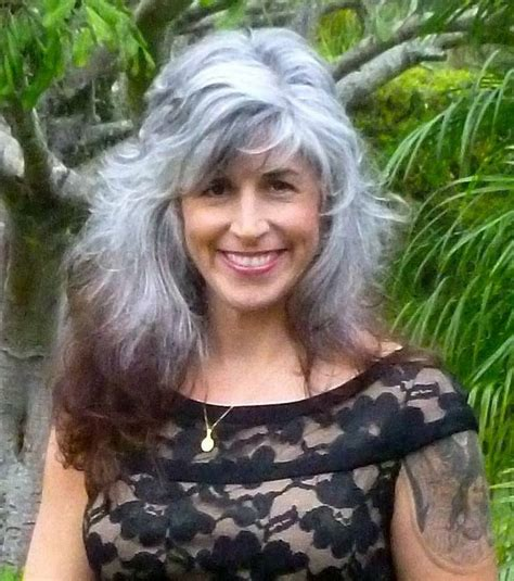 looking with grey hair 592 best grey hair inspiration images on pinterest going