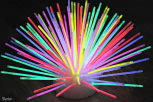 Hope you enjoyed this super fun and easy diy glow stick centerpiece