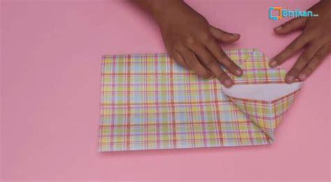 tutorial membungkus kado berbentuk tas cara membungkus kado paper bag