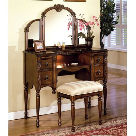 3 Vanity Set by Ashton 3 Pc Vanity Set With Halogen Light And Carving