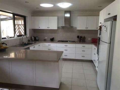 caesarstone splashback cooktop modern kitchen with provincial influences kitchen