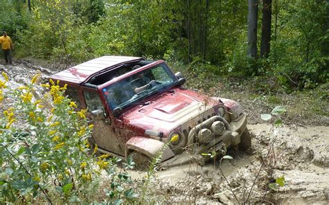 jeep stuck in mud go jeeping pa jeep jamboree jk laurel highlands