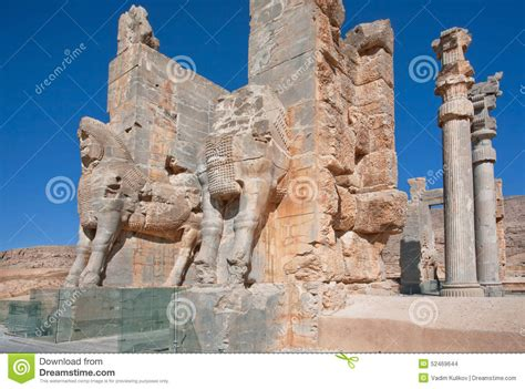 key themes in persepolis ville ruin 233 e persepolis avec xerxes gate photo stock