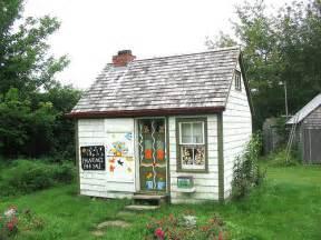 maud lewis little house maud lewis was a nova scotia pai flickr