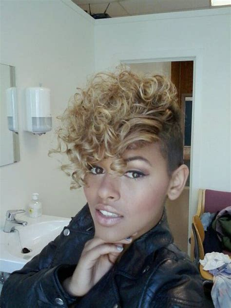 faux mohawk for black women 25 best ideas about curly mohawk on pinterest curly