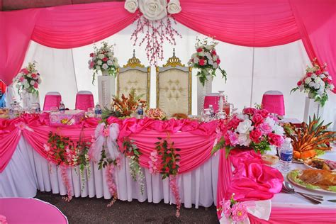 Hiasan Meja Makan Pengantin butik pengantin feeza koleksi hiasan meja makan