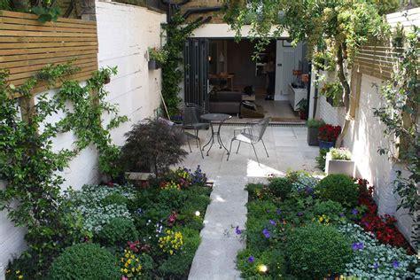 small courtyard garden ideas small walled garden courtyard garden ideas