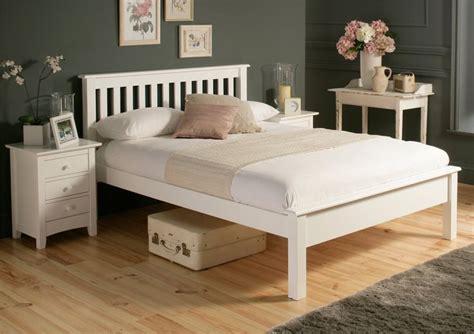 White Wooden Bed Frames Uk 25 B 228 Sta White Wooden Bed Id 233 Erna P 229 Pinterest Ikea Sovrumsm 246 Bler Hemnes Och Vitt Sovrum