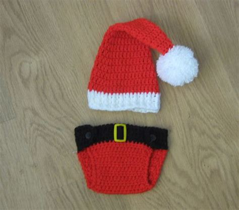 christmas pattern diapers santa hat and diaper cover crocheting pinterest hats