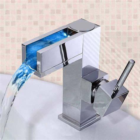 robinet cascade led