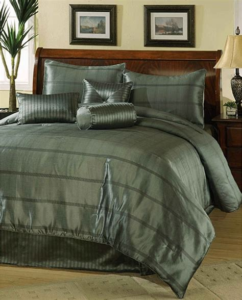 Mens Bedspreads Bedding Ideas For Free Best Ideas About Menus Bedroom