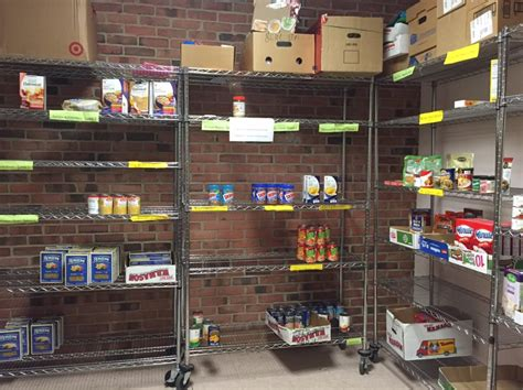 west hartford food pantry in need of donations we ha