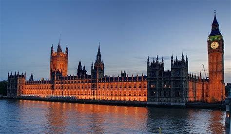 great london buildings the palace of westminster the the palace of westminster london eyeflare com