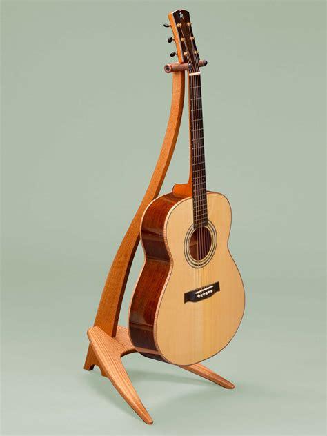 Tripod Gitar wm design guitar stand