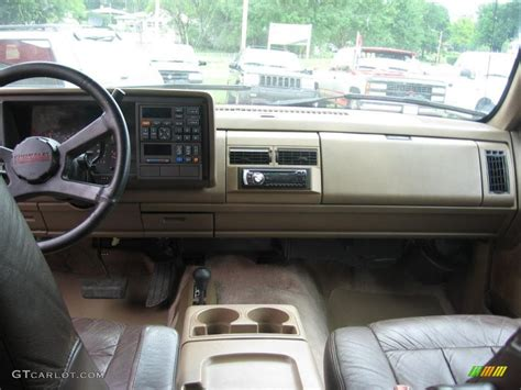 1994 Suburban Interior by 1994 Victory Chevrolet Suburban K1500 4x4 32856372 Photo 4 Gtcarlot Car Color
