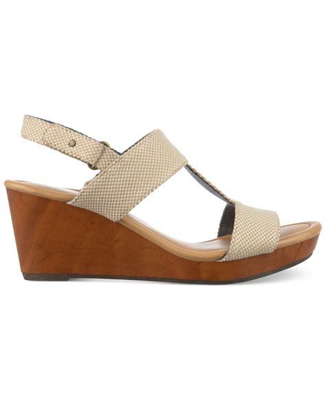dr scholls sandals dr scholls byron platform wedge sandals in lyst