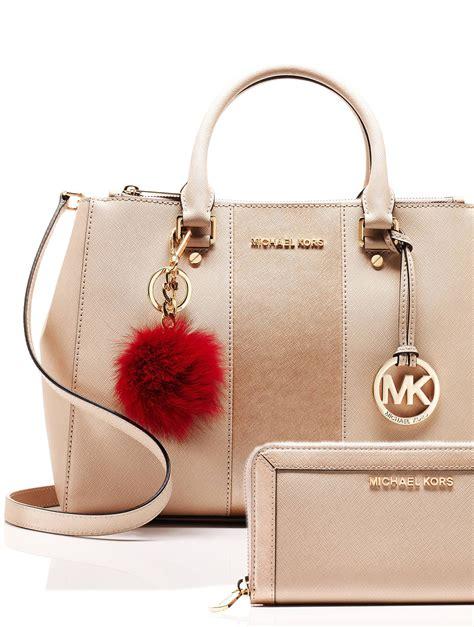 best michael kors bag 25 best ideas about michael kors handbags clearance on