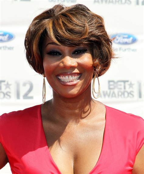 yolanda adams abusive husband image gallery olanda singer