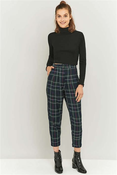 black and white pattern pants outfit urban renewal vintage remnants forest green checked