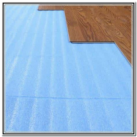 moisture barrier for laminate flooring lowes image mag