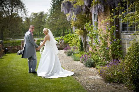 Wedding Ceremony Rundown by Wisteria Flowers And Weddings A Rundown Of