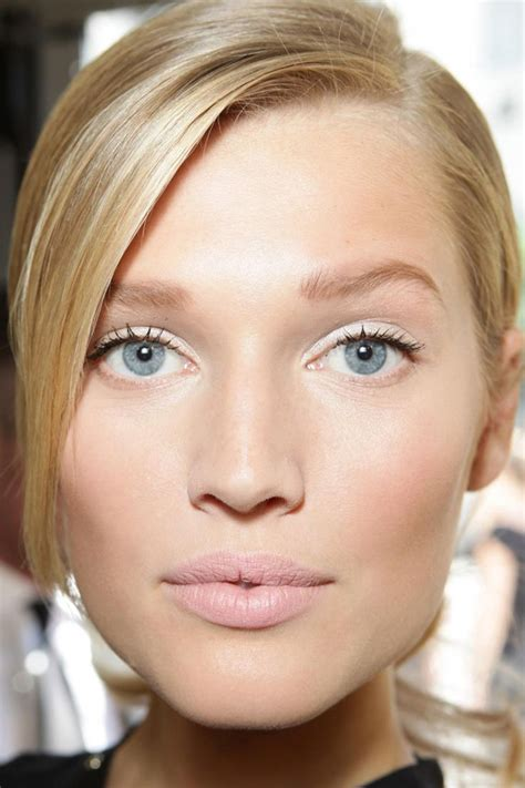 makeup naturales 7 tips on how to pull a makeup look correctly
